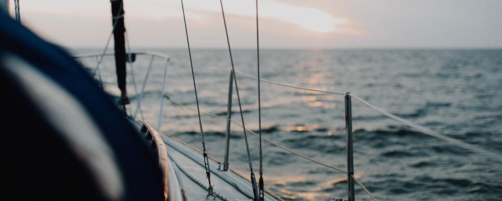 Νοικιάστε ένα σκάφος στην Πάρο και απολαύστε το Αιγαίο