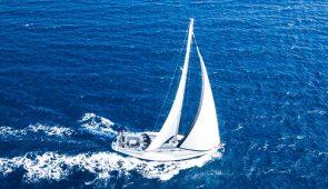 11. Naxos, Iraklia & Schinousa on a sailing boat 